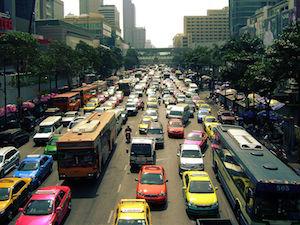 800px-TrafficInBangkok.jpg